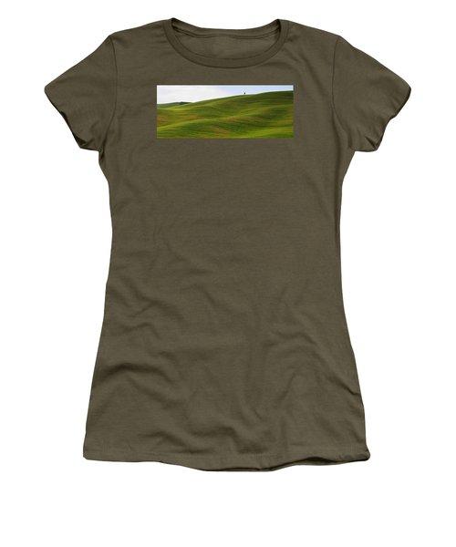 Tuscany Landscape Women's T-Shirt
