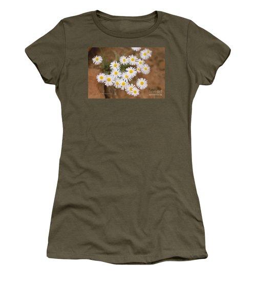 Unidentified Daisy Women's T-Shirt