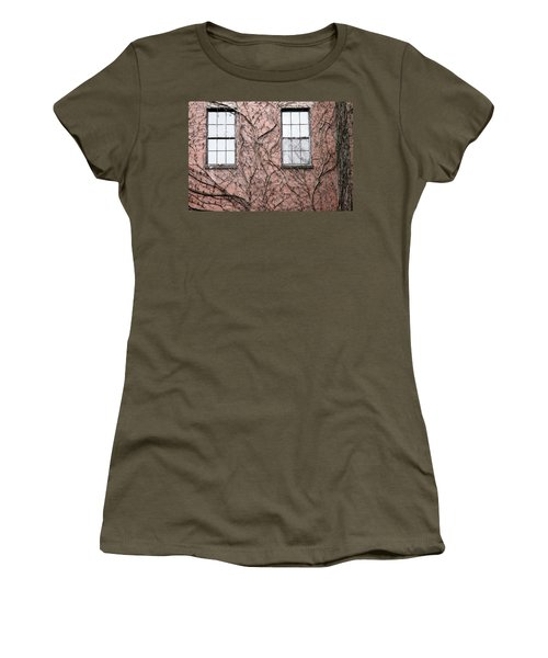 Vines And Brick Women's T-Shirt