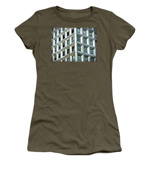 Wall Street Building Women's T-Shirt