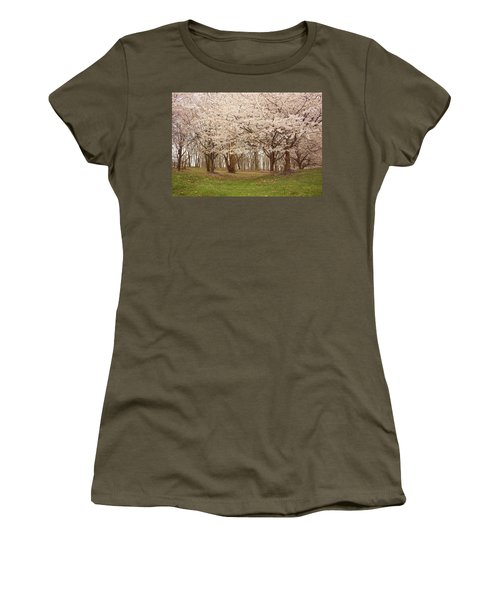 Washington Dc Cherry Blossoms Women's T-Shirt