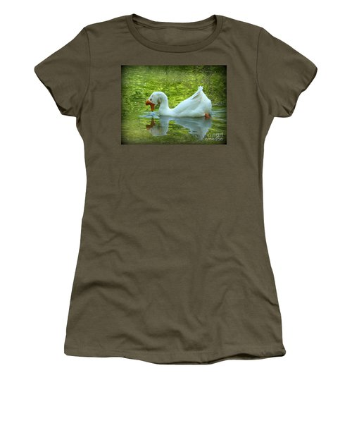 White Chinese Goose Curtsy  Women's T-Shirt (Athletic Fit)