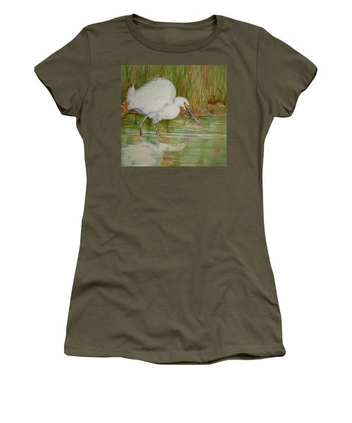 White Egret Wading  Women's T-Shirt (Athletic Fit)