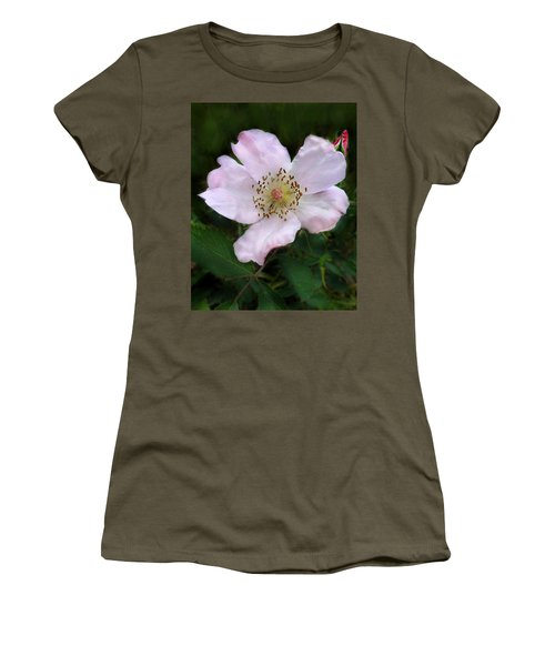 Wild Carolina Rose Women's T-Shirt (Athletic Fit)