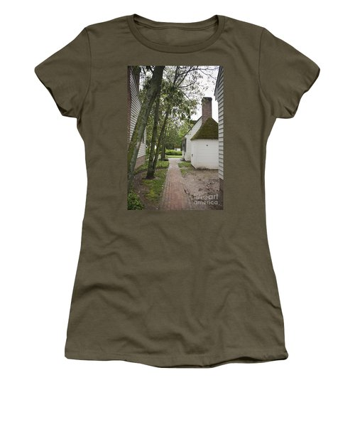 Williamsburg Alley Women's T-Shirt