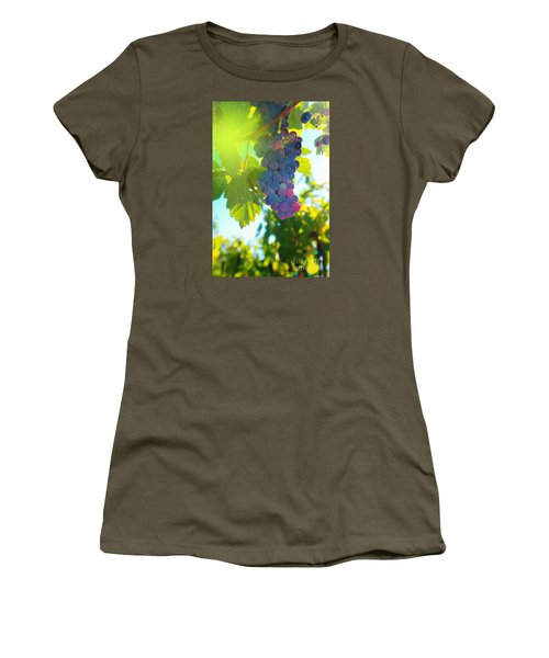 Wine Grapes  Women's T-Shirt (Junior Cut) by Jeff Swan