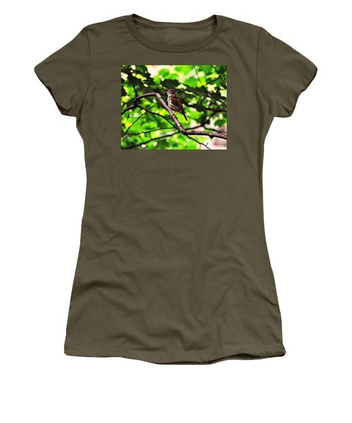 Wood Thrush Singing Women's T-Shirt (Athletic Fit)