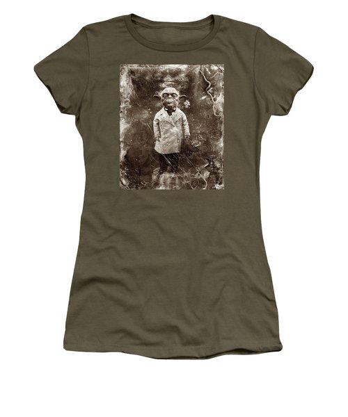 Yoda Star Wars Antique Photo Women's T-Shirt