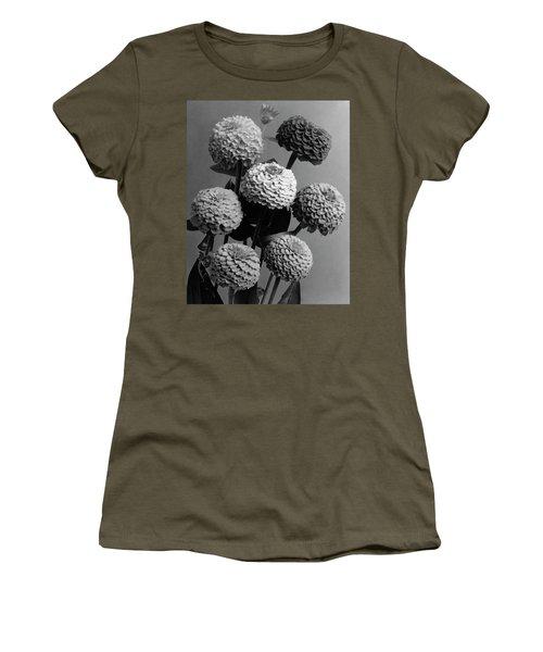 Zinnia Lilliput Flowers Women's T-Shirt