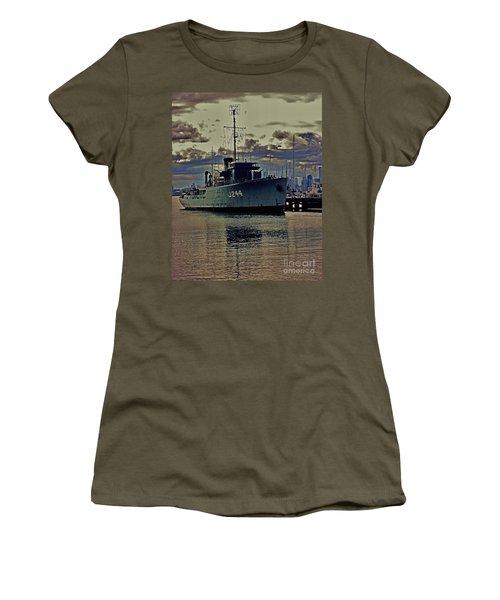 Women's T-Shirt (Junior Cut) featuring the photograph Hmas Castlemaine 3 by Blair Stuart