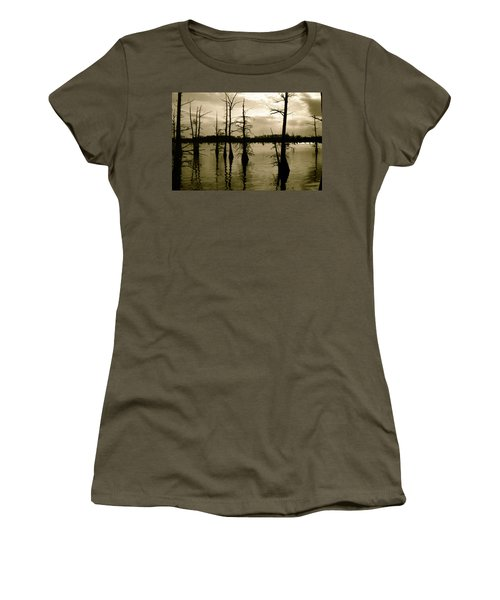 Black Bayou 8 Women's T-Shirt