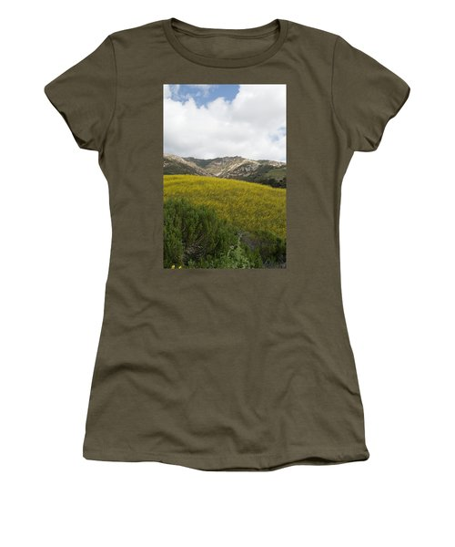 California Hillside View V Women's T-Shirt (Athletic Fit)