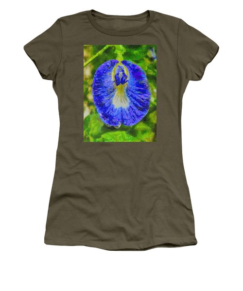 Conch Flower Women's T-Shirt (Athletic Fit)