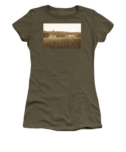 Women's T-Shirt (Junior Cut) featuring the photograph Country Estate by Shannon Harrington
