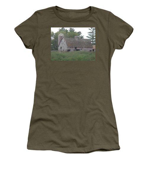 Deserted Barn Women's T-Shirt