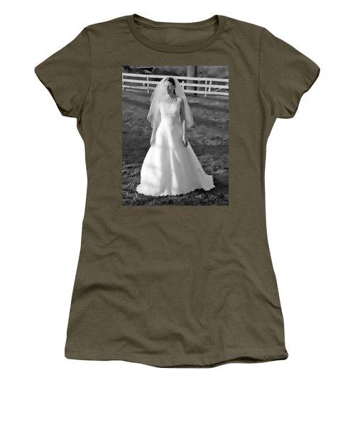 Dress 35 Women's T-Shirt