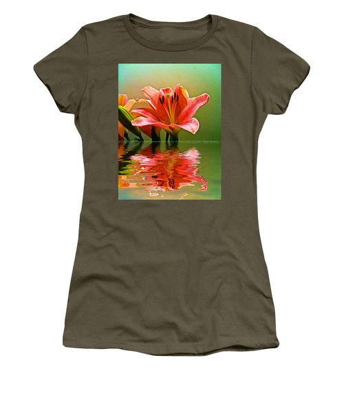 Flooded Lily Women's T-Shirt