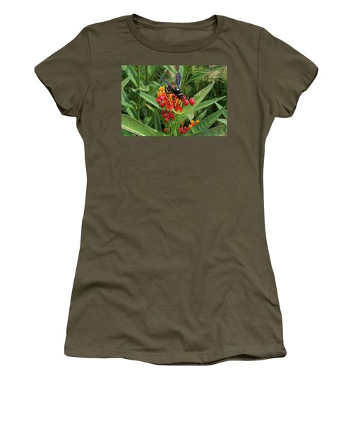 Giant Wasp Women's T-Shirt