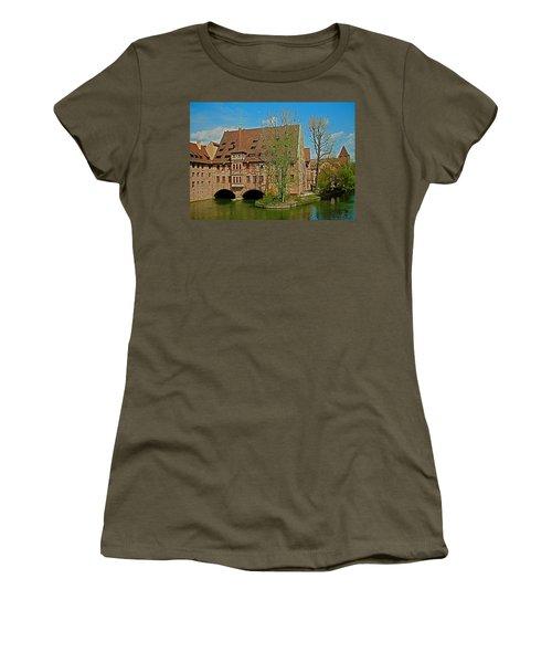 Heilig-geist-spital In Nuremberg Women's T-Shirt