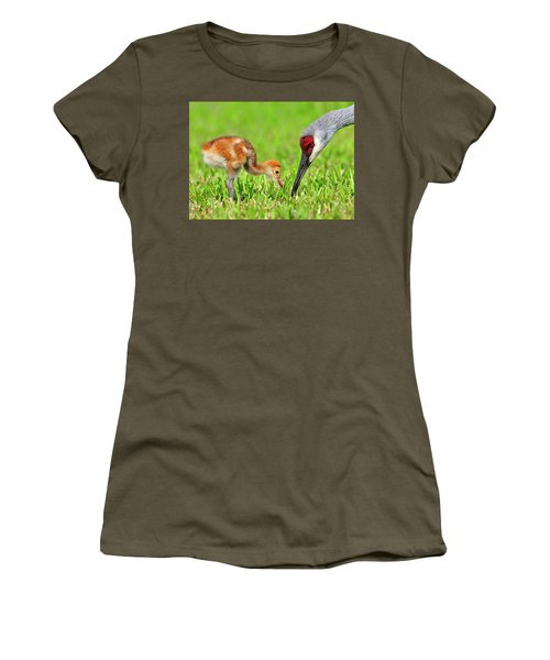 Looking For Bugs Women's T-Shirt