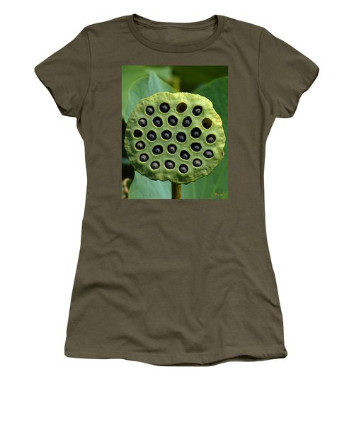Lotus Capsule-missing Children Dl054 Women's T-Shirt
