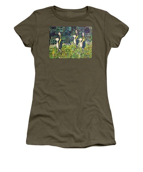 New Moon Penguin Races Women's T-Shirt