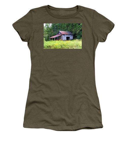 Old Barn Near Silversteen Road Women's T-Shirt