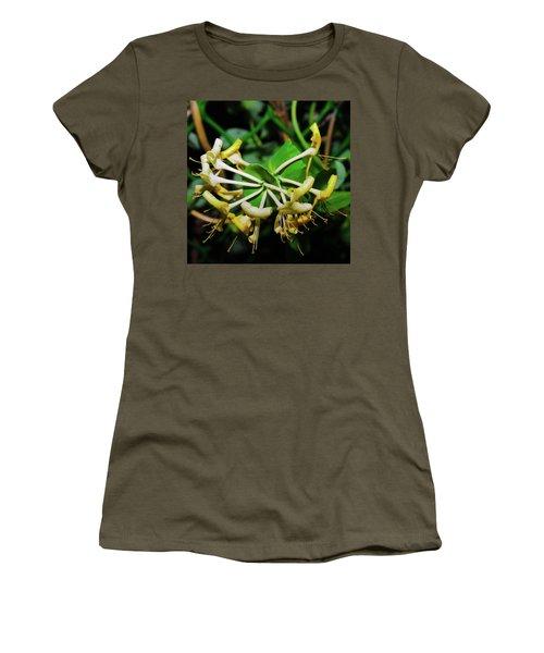 Overblown Perfoliate Women's T-Shirt