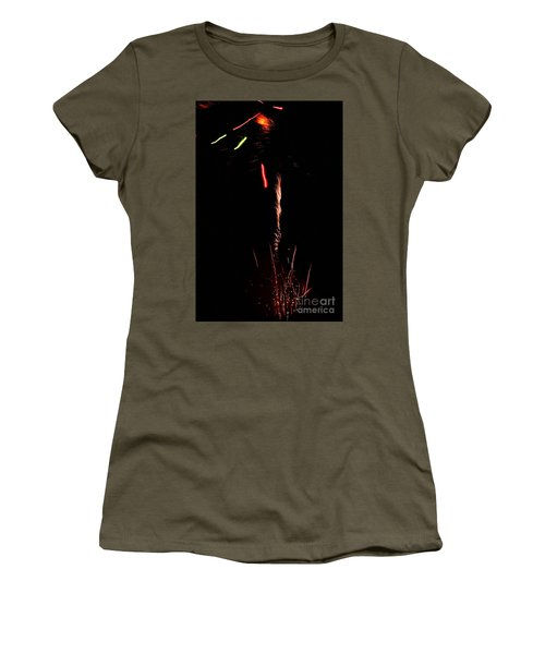 Women's T-Shirt featuring the photograph Ray by Agusti Pardo Rossello