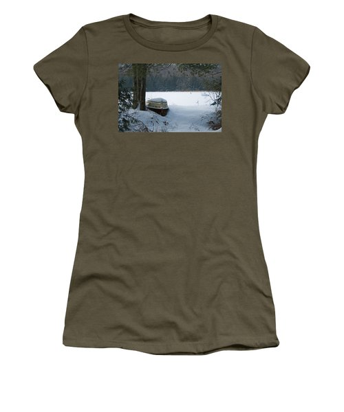 Resting For The Season Women's T-Shirt