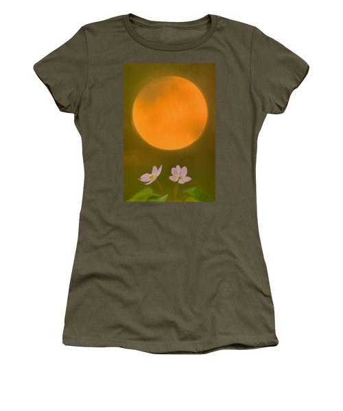 Rue Anemone And The Rising Sun Women's T-Shirt (Athletic Fit)