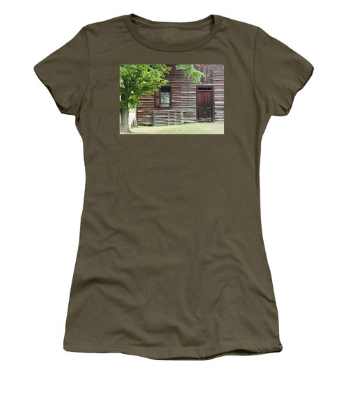 Simple Living Women's T-Shirt