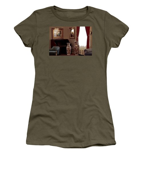 The Empty Desk Women's T-Shirt