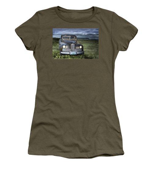 Vintage Auto On The Prairie Women's T-Shirt