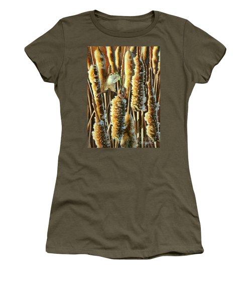 Wren And Cattails 2 Women's T-Shirt