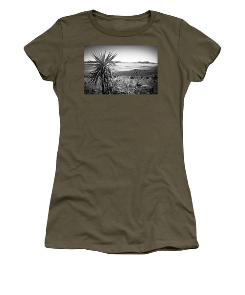 Yucca With A View Women's T-Shirt