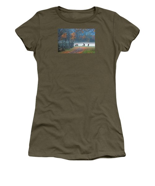Oconaluftee Visitor Center Elk Women's T-Shirt (Athletic Fit)