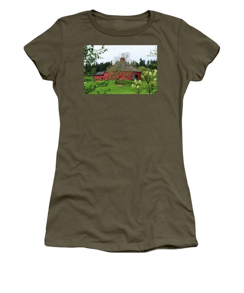 Spring At The Round Barn Women's T-Shirt (Athletic Fit)