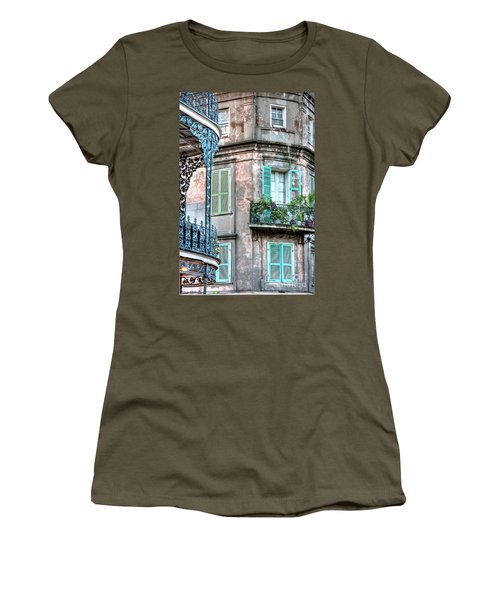 0254 French Quarter 10 - New Orleans Women's T-Shirt