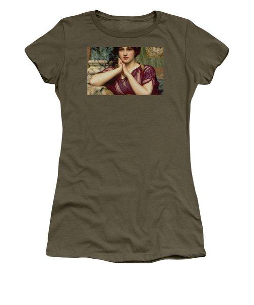 A Classical Beauty Women's T-Shirt