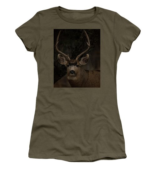 Buck Women's T-Shirt (Athletic Fit)