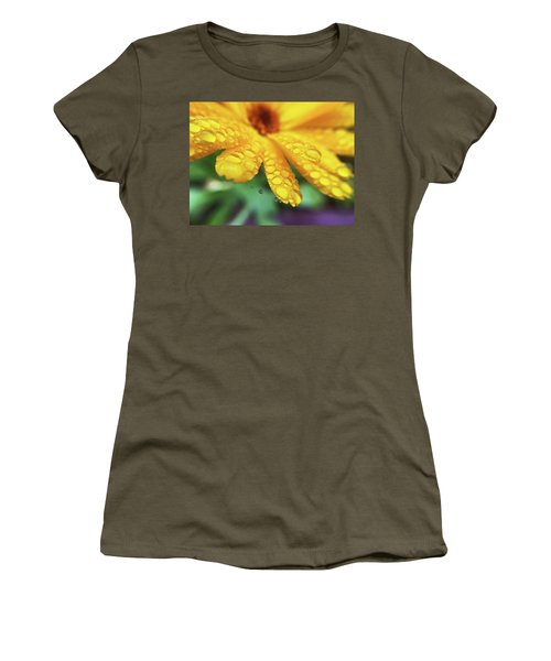Calendula Officinalis Women's T-Shirt (Athletic Fit)