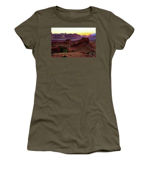 Capitol Reef Sunrise Women's T-Shirt