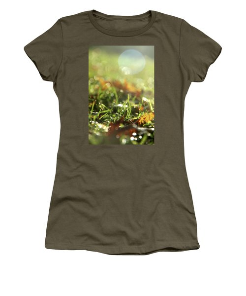 Close-up Of Dry Leaves On Grass, In A Sunny, Humid Autumn Morning Women's T-Shirt