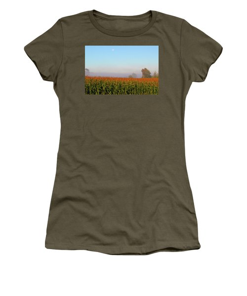 Cornfield Moonset Women's T-Shirt (Athletic Fit)