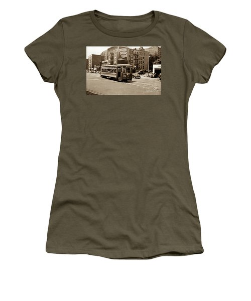 Inwood Trolley Women's T-Shirt (Athletic Fit)