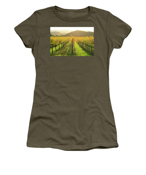Napa Valley California Vineyard In The Fall Women's T-Shirt