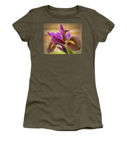 Painted Iris Women's T-Shirt (Athletic Fit)