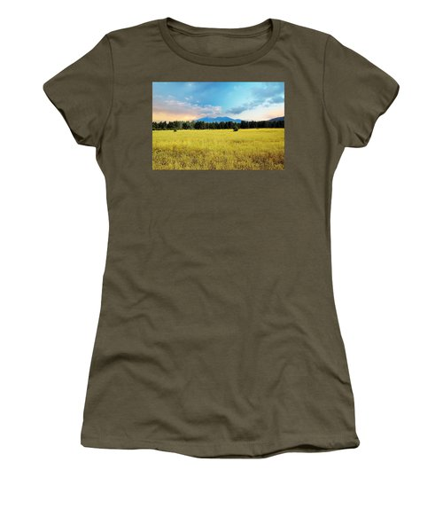San Francisco Peaks  Women's T-Shirt (Athletic Fit)