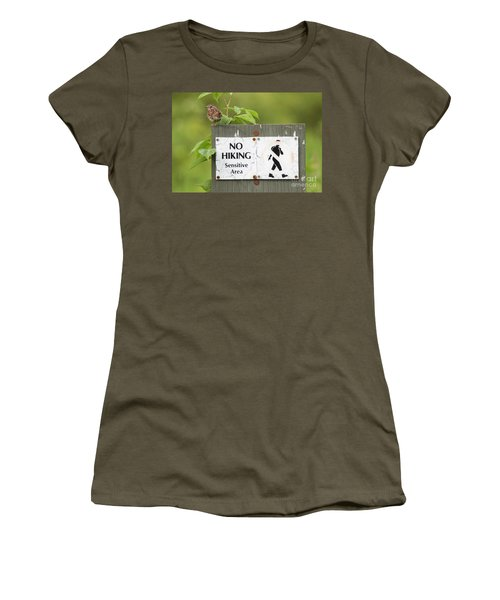 Sparrow Women's T-Shirt (Athletic Fit)